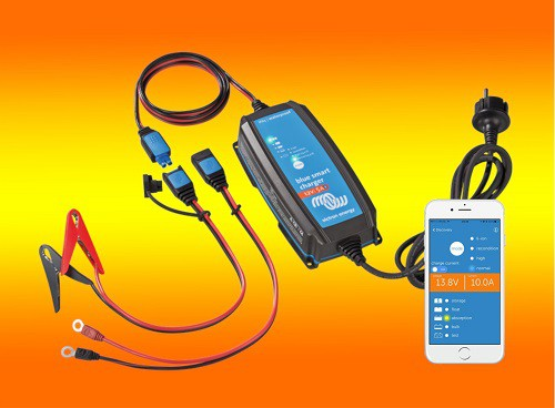 Victron Blue Smart IP65 12V 10A Batterieladegerät