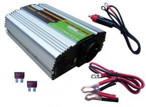 Solartronics Spannungswandler 12V modifizierter Sinus 600W / 1200Watt